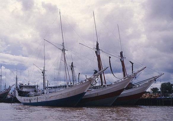 Pelabuhan Rakyat di Banjarmasin