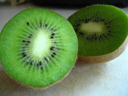 Buah Kiwi yang Kaya Vitamin C
