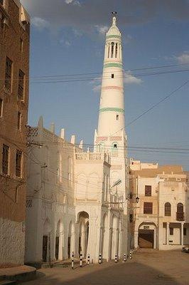 Masjid-al-habib-ali-bin-muhammad-al-habsyi