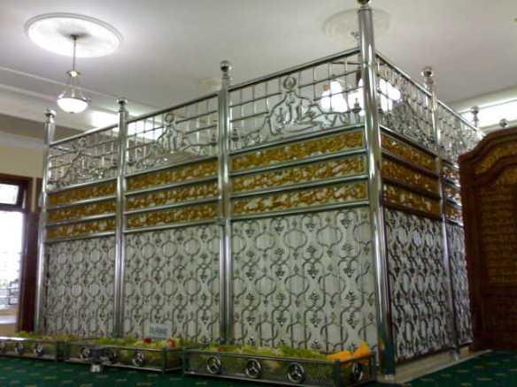 Makam Guru Sekumpul